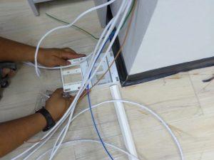 เดินสาย LAN พร้อมจัดเข้าตู้ ที่ บริษัท เอเซียรีไซเคิล เทคโนโลยี จำกัด
